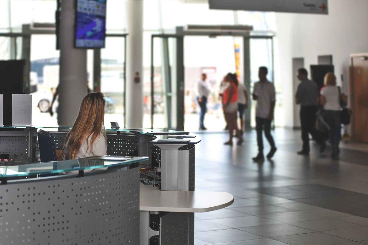 offerta di lavoro phos sicurezza per portiere notturno e addetto alla receptionist