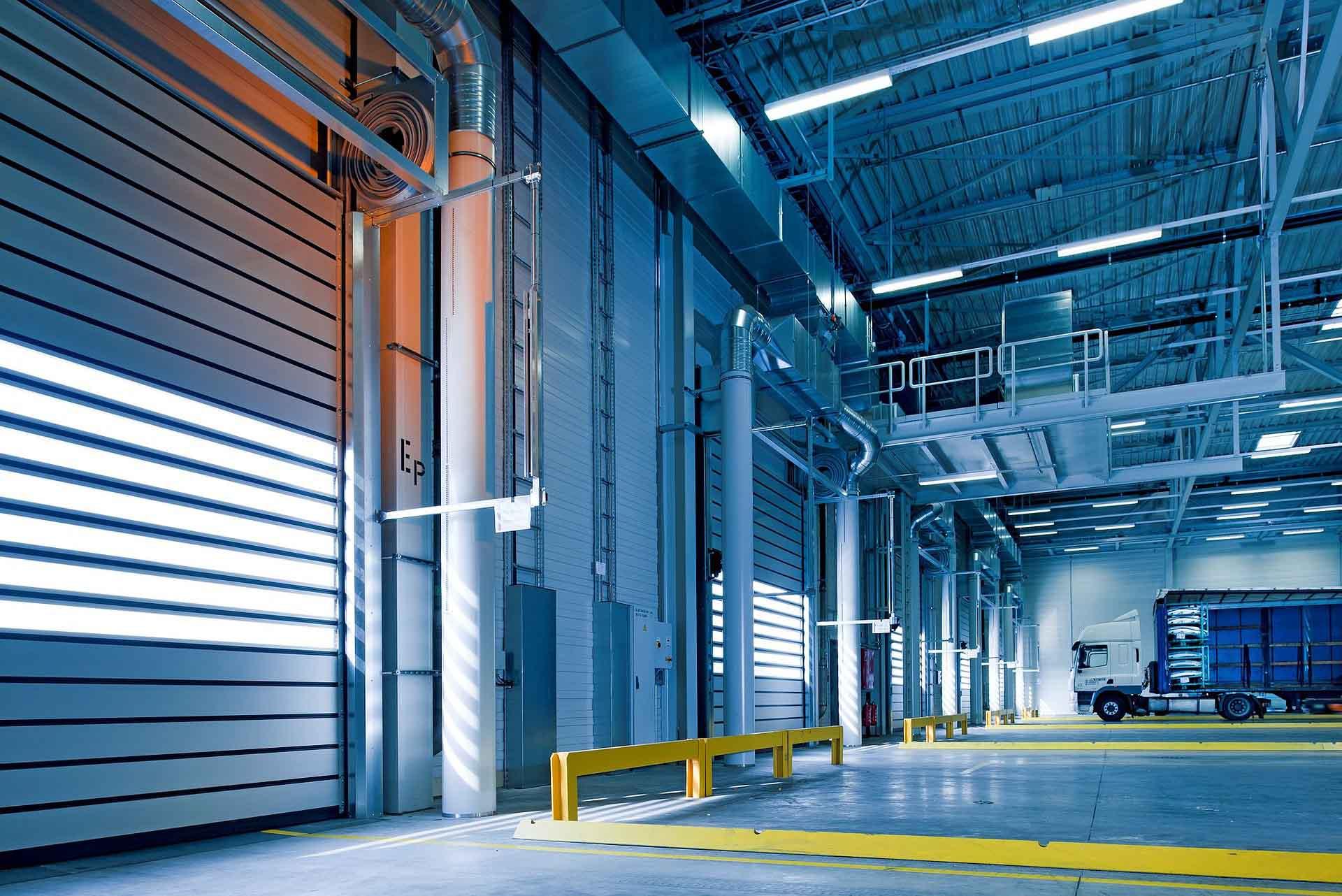 phos offre servizi per la gestione dei servizi logistici trasporto e movimentazione merci facchinaggio