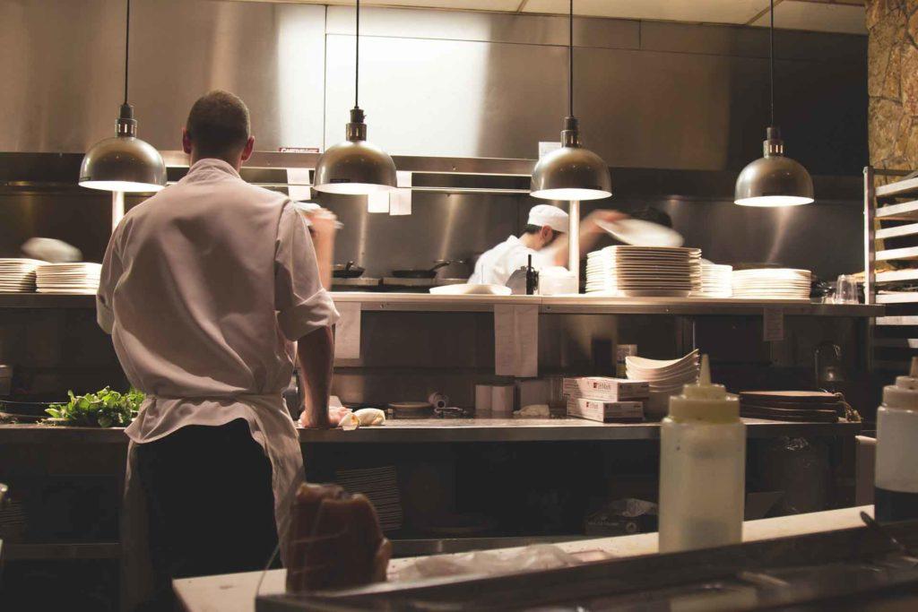 gestione mensa e servizi di ristorazione